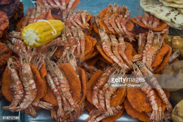 sri lankan prawn fritters on food stall at galle face green, colombo, sri lanka - sri lankan culture stock pictures, royalty-free photos & images