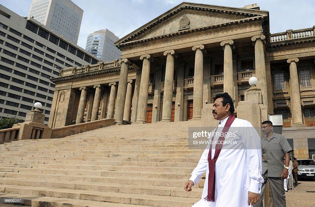Sri Lankan President Mahinda Rajapakse i : Nieuwsfoto's