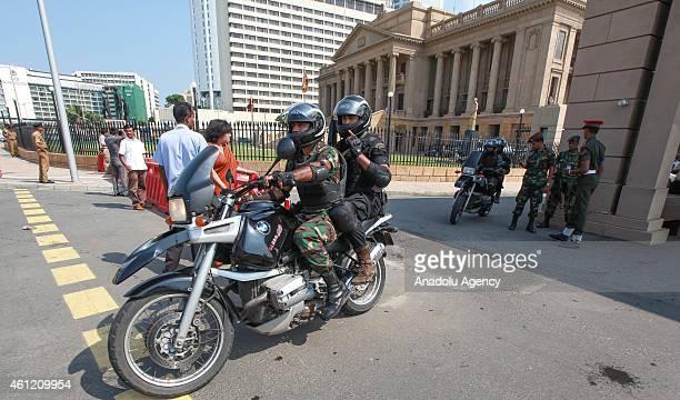 Sri Lankan President security commandos guard outside the president secretariat in the capital Colombo Sri Lanka on January 09 2015
