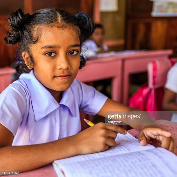 sri lankan school children in classroom - sri lankan school girls stock photos and pictures