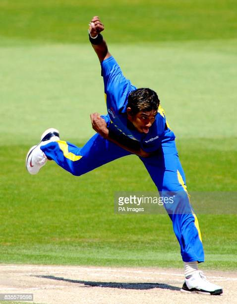 Sri Lanka's Thilan Thushara Mirando bowls
