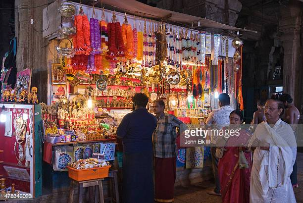 Sri Meenakshi Temple, souvenir stall