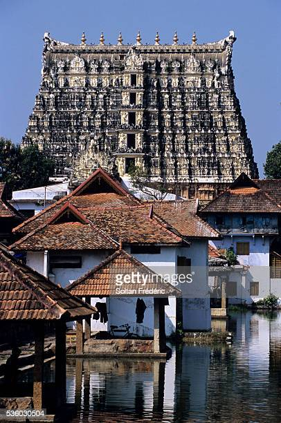 sri padmanabhaswamy temple in thiruvananthapuram - thiruvananthapuram stock photos and pictures