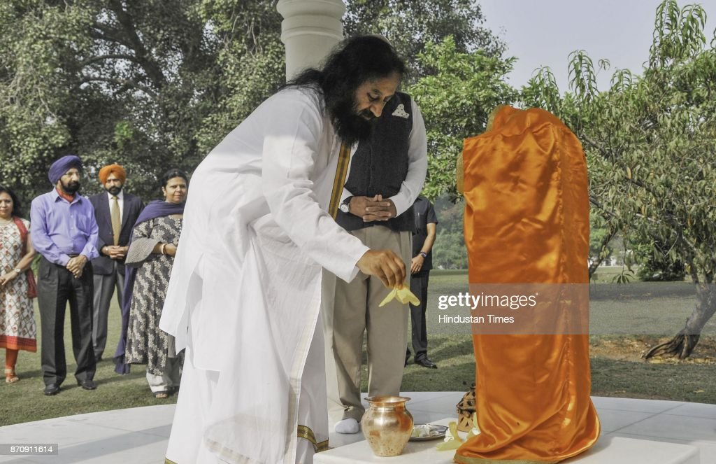 Sri Sri Ravi Shankar founder of Art of Living along with Punjab Governor VP Singh Badnore during a Bal Chetna Shivir at Governor House on November 06.