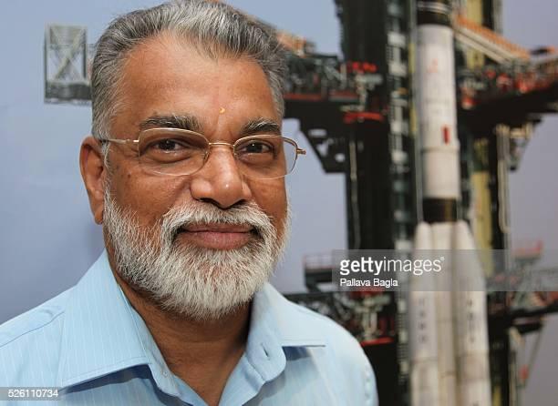 Sriharikota Andhra Pradesh India Dr K Radhakrishnan chairman of the Indian Space Research Organization with India's heavier rocket the Geosynchronous...