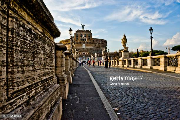 st. angelo bridge, or bridge of angels - {{asset.href}} stock pictures, royalty-free photos & images