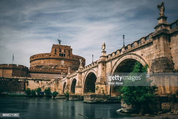 st. angelo bridge - earth angel stock pictures, royalty-free photos & images
