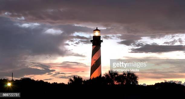 st. augustine lighthouse sunset - st augustine lighthouse fotografías e imágenes de stock