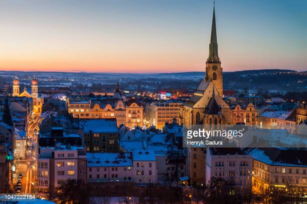 st. bartholomew cathedral in pilsen - plzeň stock pictures, royalty-free photos & images