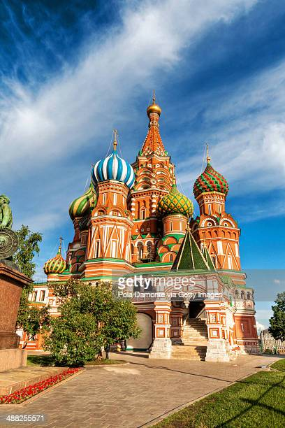 st. basils cathedral in moscow on red square - cathedral stock pictures, royalty-free photos & images