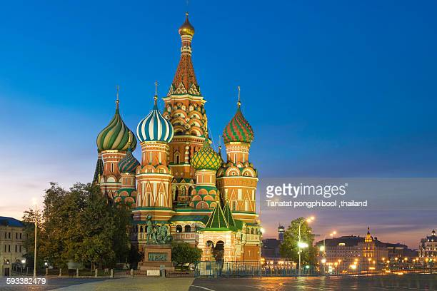 st. basil's cathedral, red square - kremlin stock pictures, royalty-free photos & images