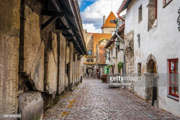st catherine's passage, a famous street in tallinn - estonia stock pictures, royalty-free photos & images
