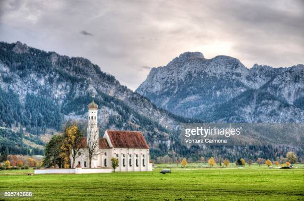 st. coloman church at schwangau, germany - neuschwanstein castle stock pictures, royalty-free photos & images