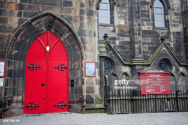 columba iglesia de st - manuel velasco fotografías e imágenes de stock