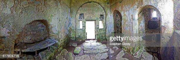 st cormacs chapel, eilean mor maccormick, scotland - circa 14th century stock pictures, royalty-free photos & images
