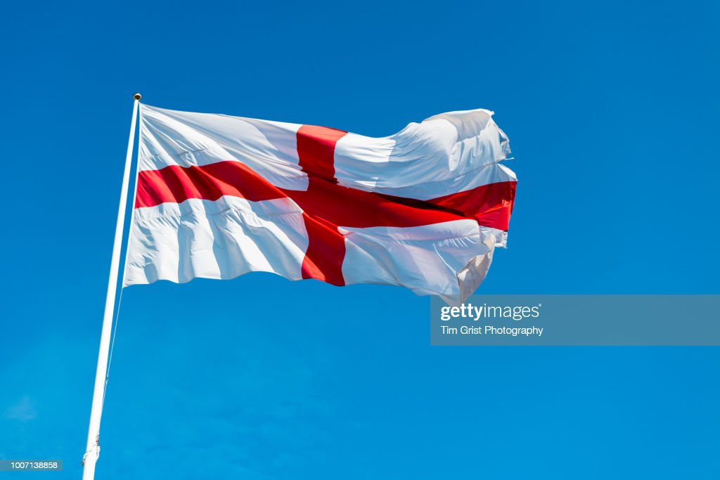 St George Cross Flag of England against a Blue Sky : Foto de stock