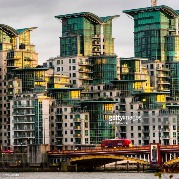 st. george wharf luxury apartments in nine elms london uk - battersea stock pictures, royalty-free photos & images