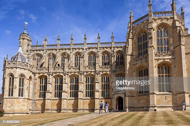 st george's chapel, windsor castle, with blue sky, berkshire, england. - st. george's chapel stock photos and pictures