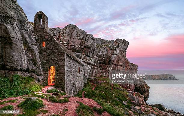 st govan's chapel, stackpole - chapel stock pictures, royalty-free photos & images