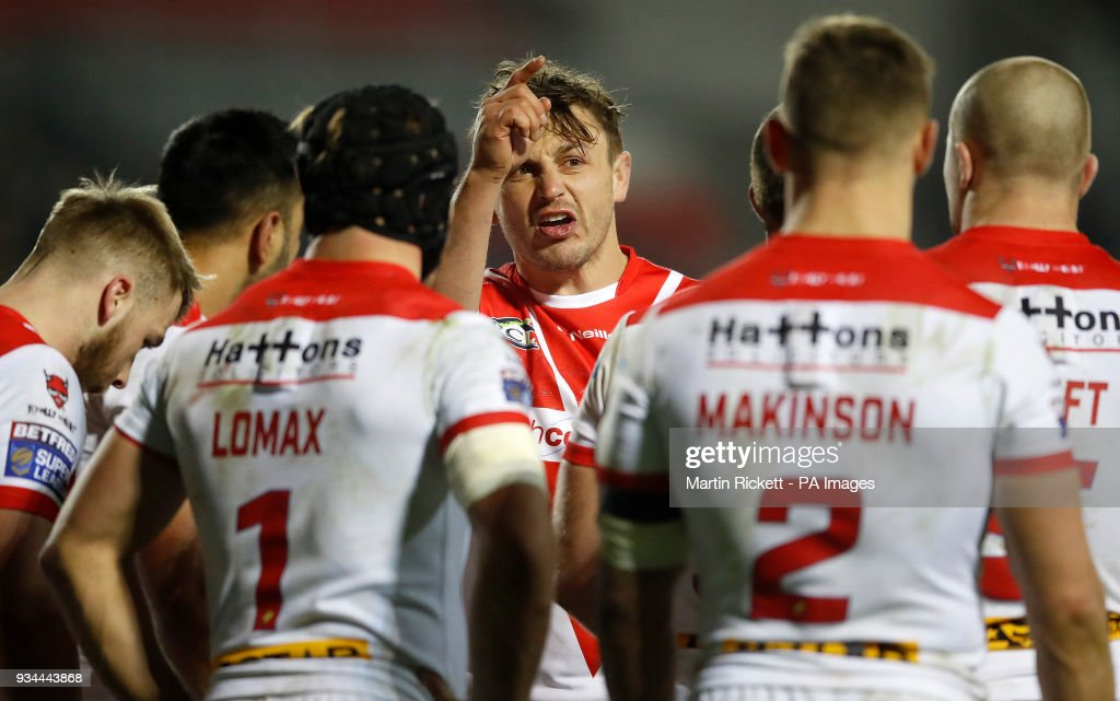 St Helens captain Jon Wilkin talks with his players during the match against Leeds Rhinos, during the Betfred Super League match at The Totally Wicked Stadium, St Helens.