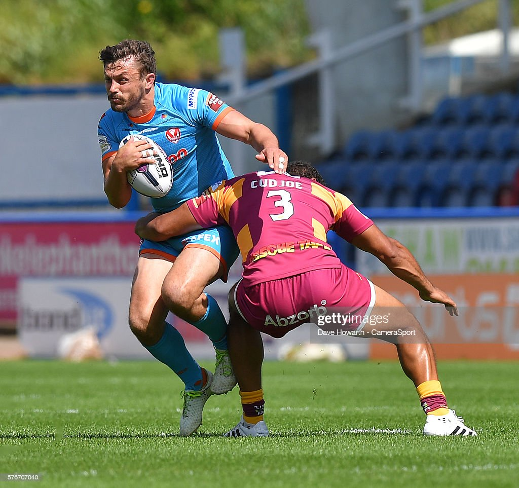Huddersfield Giants v St Helens - Super League : News Photo