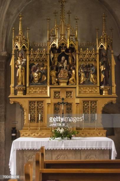 St Hippolyt Parish Church, altar