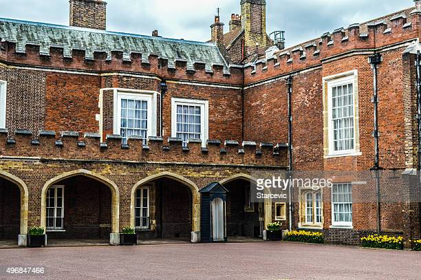 st. james' palace - london, uk - st james palace stock pictures, royalty-free photos & images