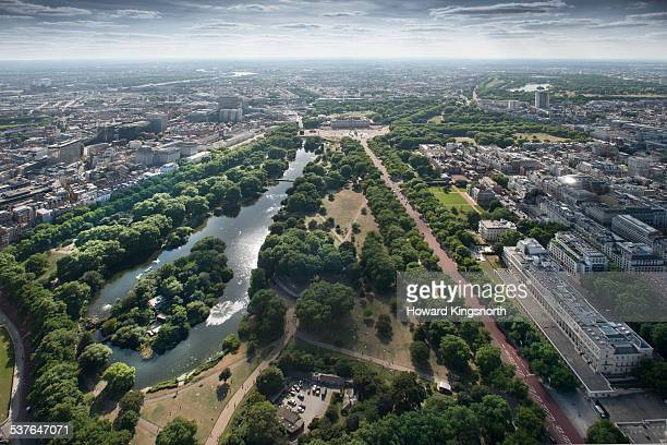 st james' park and the mall - st. james' park newcastle upon tyne stock pictures, royalty-free photos & images