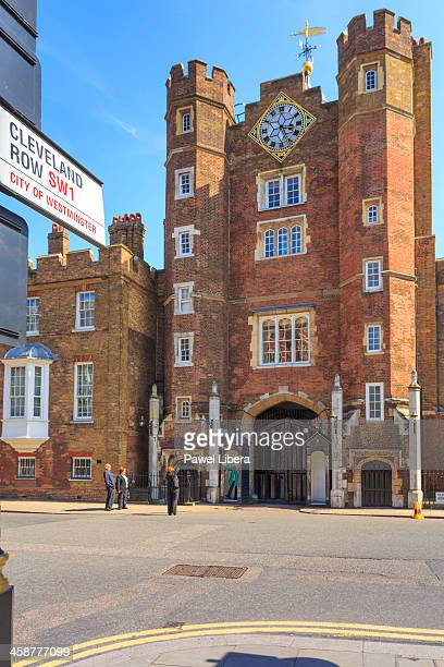 st james's palace in london - st. james's palace london stock pictures, royalty-free photos & images