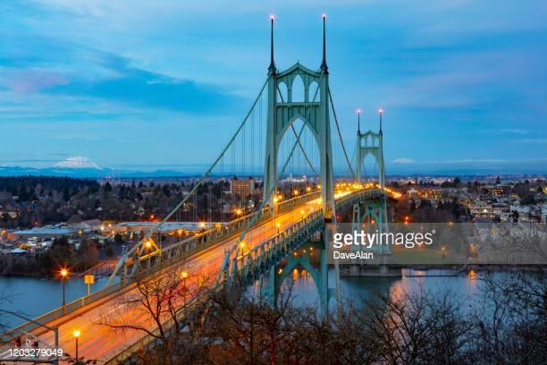 st johns bridge portland dusk. - portland oregon stock pictures, royalty-free photos & images