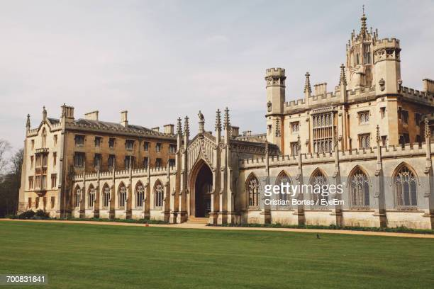 st johns college against sky - cambridge university stock pictures, royalty-free photos & images