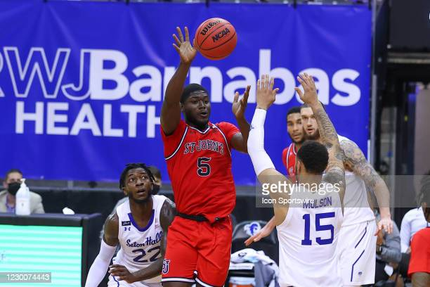 St. John's Red Storm guard Dylan Addae-Wusu during the second half of the college basketball game between the Seton Hall Pirates and the St. John's...