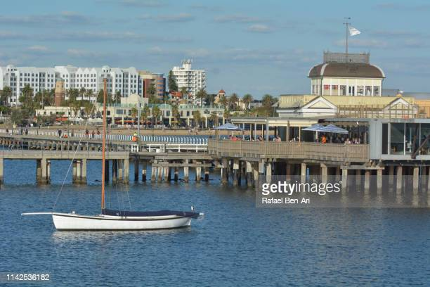 st kilda pier in elbourne victoria australia - rafael ben ari stock-fotos und bilder