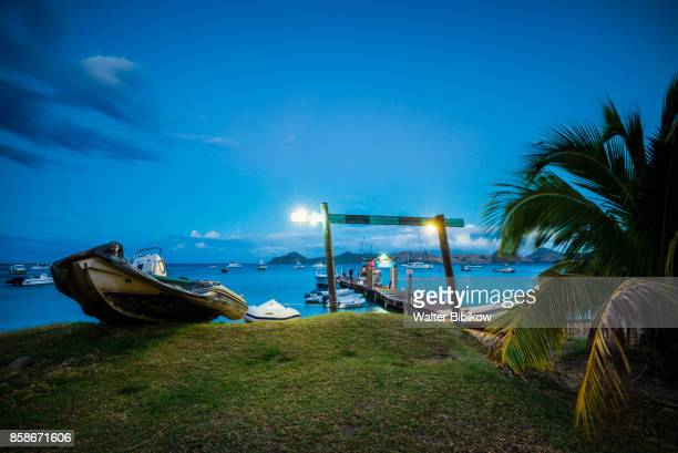 St. Kitts and Nevis, Nevis, Exterior