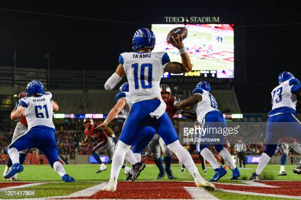 St Louis Battlehawks quarterback Jordan Ta'amu looks to pass to the flat from deep in his own endzone during second half action during the football...
