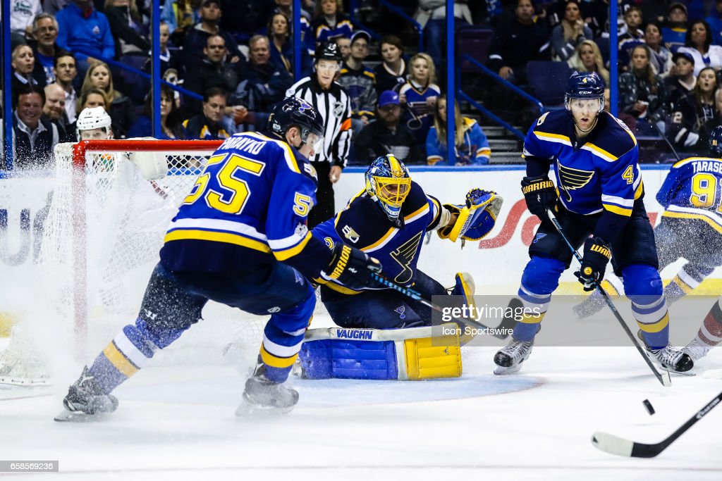 NHL: MAR 27 Coyotes at Blues : News Photo