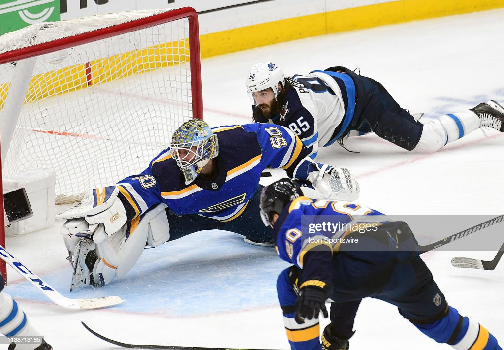 NHL: APR 20 Stanley Cup Playoffs First Round - Jets at Blues : News Photo