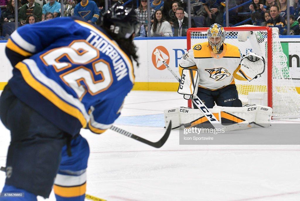 NHL: NOV 24 Predators at Blues : News Photo