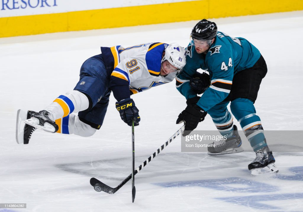 NHL: MAY 13 Stanley Cup Playoffs Western Conference Final - Blues at Sharks : News Photo