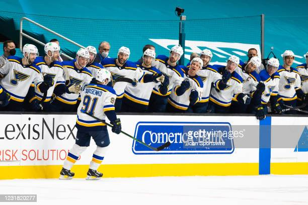 St. Louis Blues Right Wing Vladimir Tarasenko is congratulated by the bench after the game-winning goal after the NHL hockey game between the St....