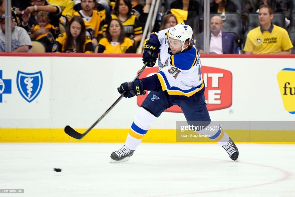 NHL: OCT 04 Blues at Penguins : News Photo