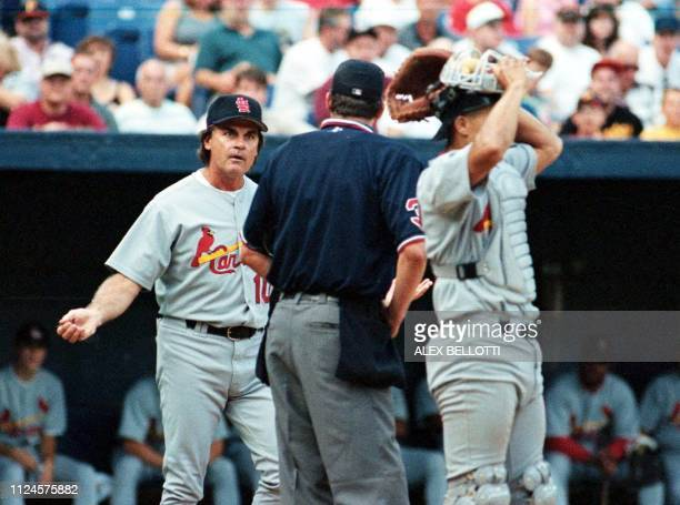 St Louis Cardinals Manager Tony La Russa argues a call against Cardinal pitcher Jose Jimenez with home plate umpire Gary Darling during the 6th...
