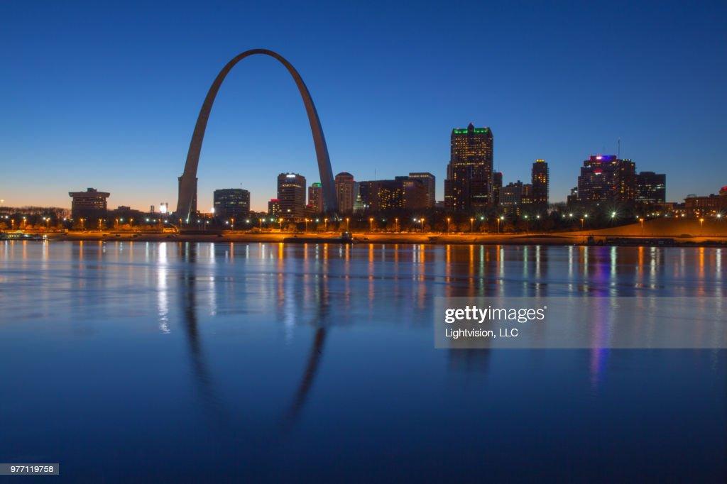 St. Louis, Missouri Downtown Skyline : ストックフォト