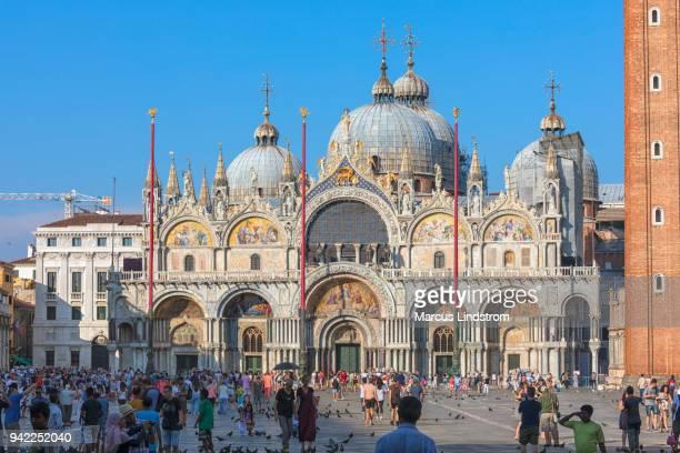 バシリカ ・ ディ ・ サン ・ マルコ、ヴェネツィア - バシリカ ストックフォトと画像
