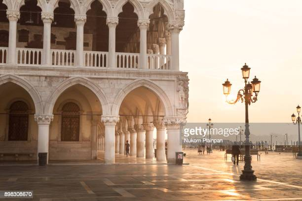 st. mark's square in the morning, venice - italy - palace stock pictures, royalty-free photos & images