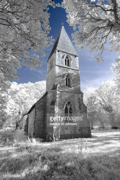 st mary the virgin church i - religious service stock pictures, royalty-free photos & images