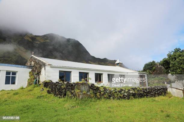 st. mary's church on tristan da cunha. - tristan da cunha eiland stockfoto's en -beelden