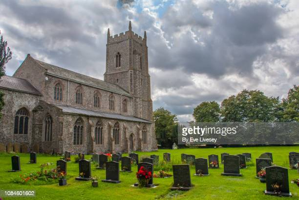 st michael's church & graveyard - east anglia stock pictures, royalty-free photos & images