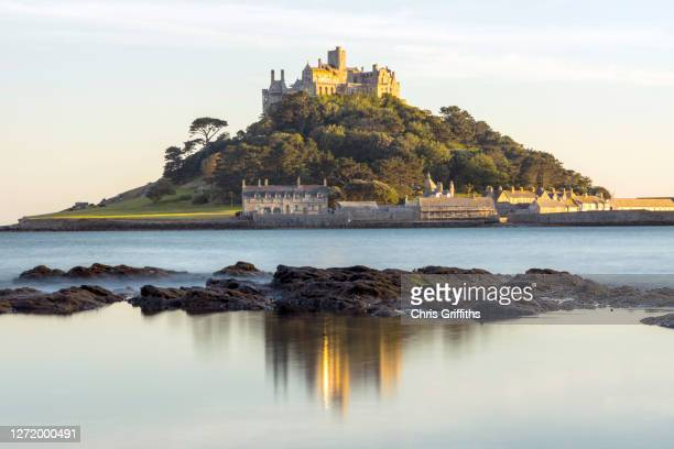 st michael's mount, cornwall, england, uk - st michael's mount stock pictures, royalty-free photos & images