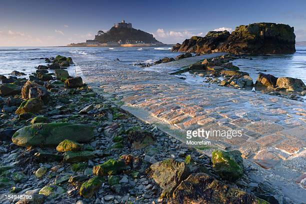 st michael's mount cornwall - st michael's mount stock pictures, royalty-free photos & images